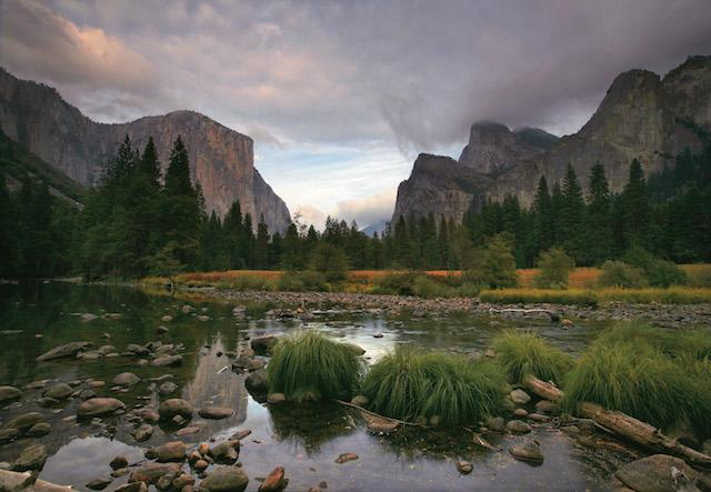 A+view+of+Cathedral+Rocks+in+Yosemite.+%28Mark+Boster%2FLos+Angeles+Times%2FTNS%29