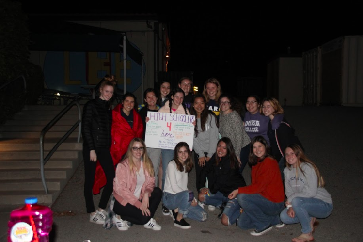 High+Schoolers+4+Her+pose+at+an+all-female+abortion+discussion.+%28Photo+by+Chloe+Lendi%29